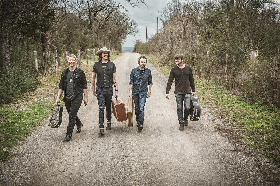 South Austin Moonlighters, 'Girl From Texas' [Exclusive