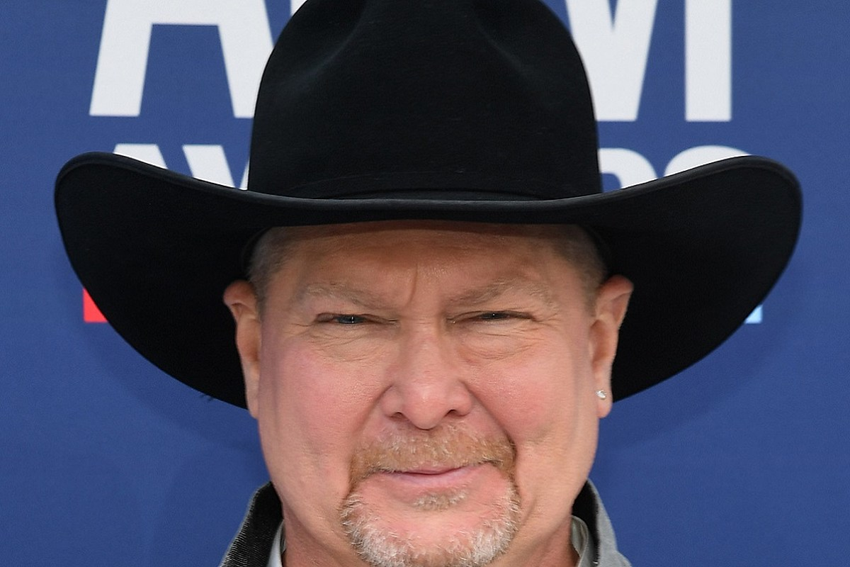 Tracy Lawrence Dishes On Very Country New Album Coming Soon