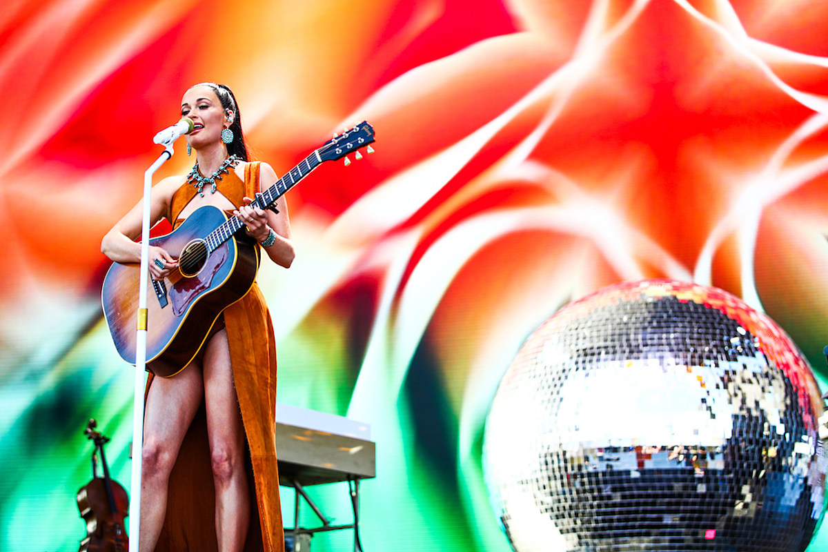 Kacey Musgraves' 'Oh, What a World' + 3 More New Music Videos