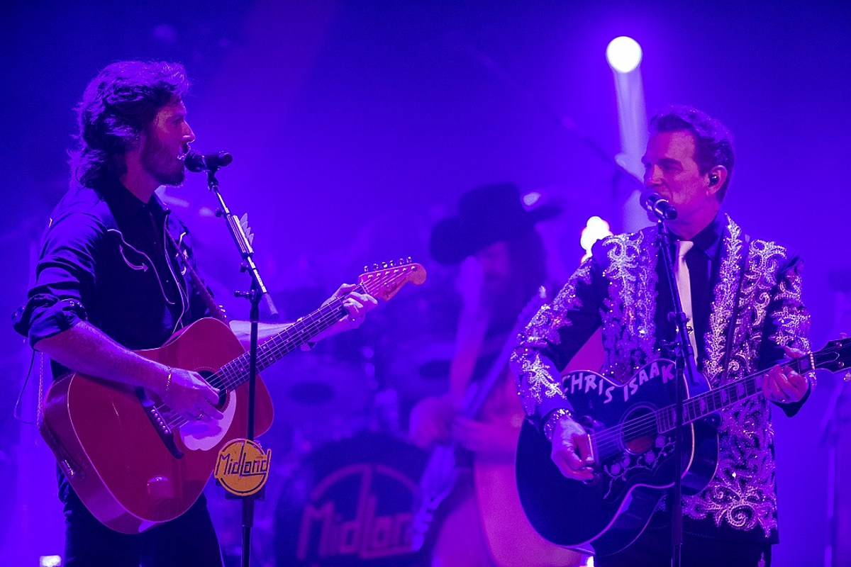 Midland Bring Chris Isaak Out For Wicked Game In Nashville