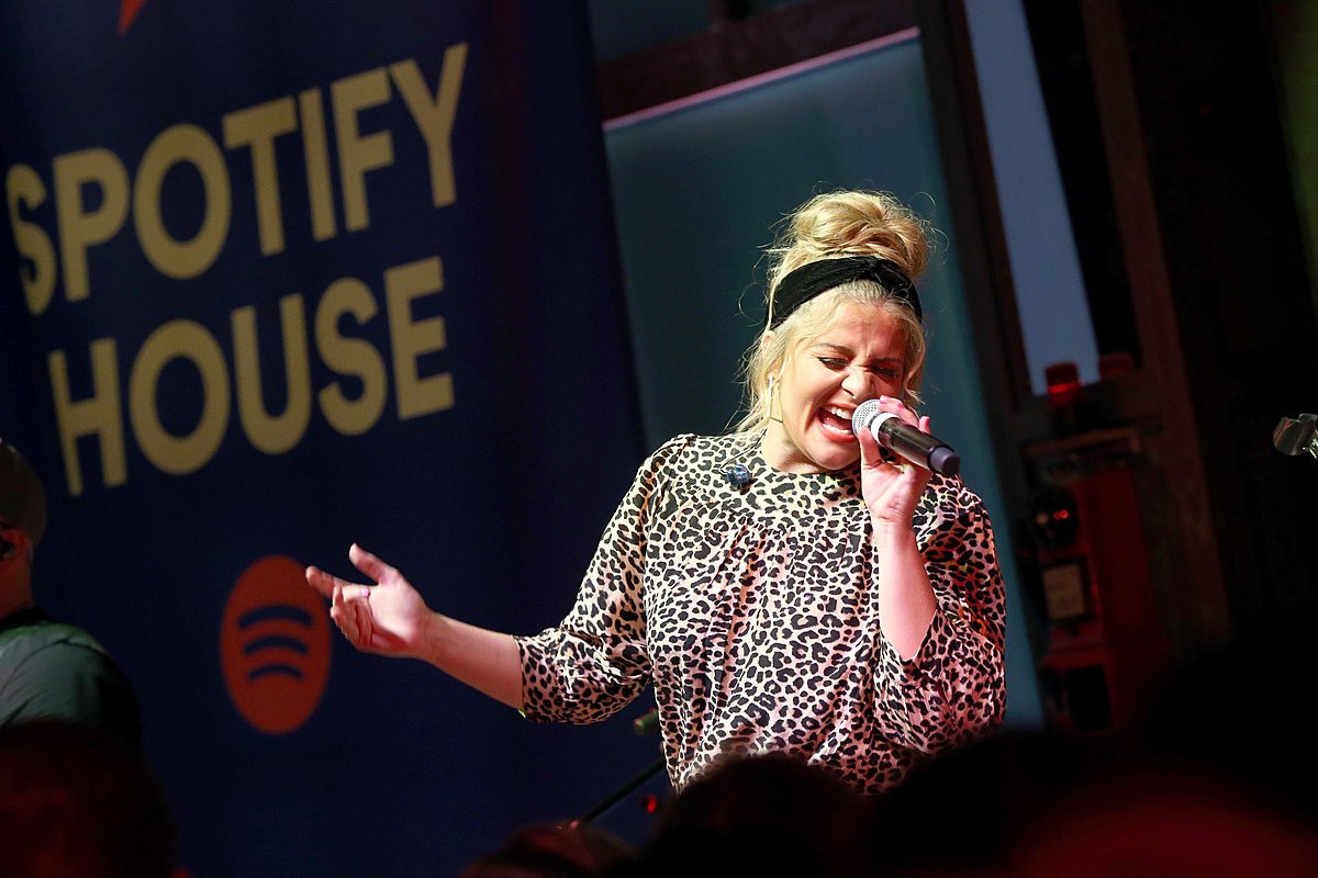 Lauren Alaina Isn't Particularly Confident She'll Do Well on 'Dancing With the Stars'