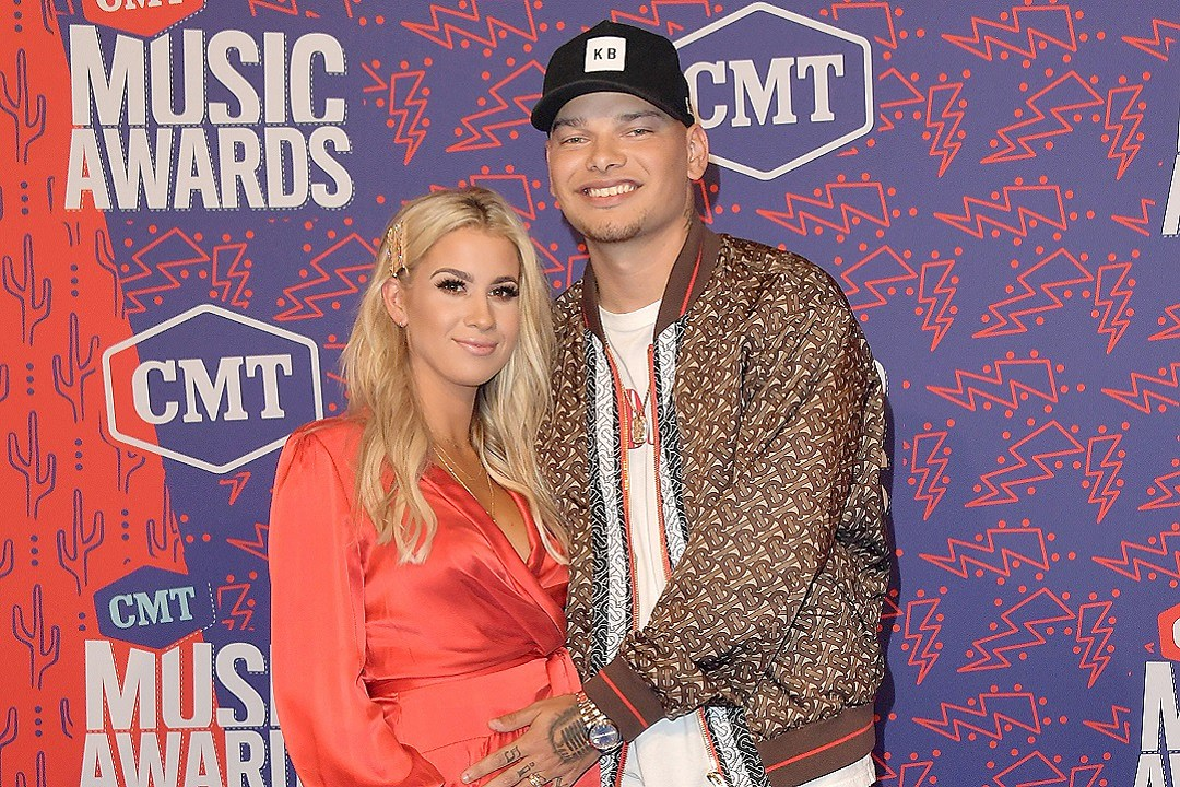 WATCH: Kane Brown Drops Spanish Remix of His Becky G Collab