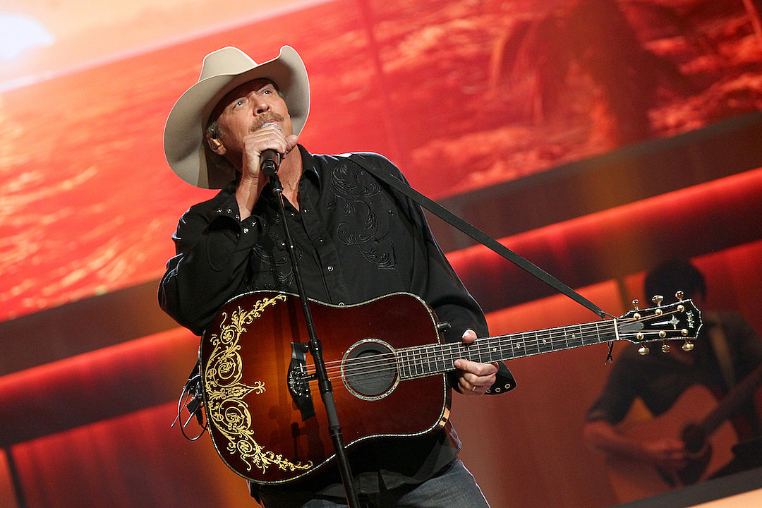 PICTURES: Alan Jackson Through the Years