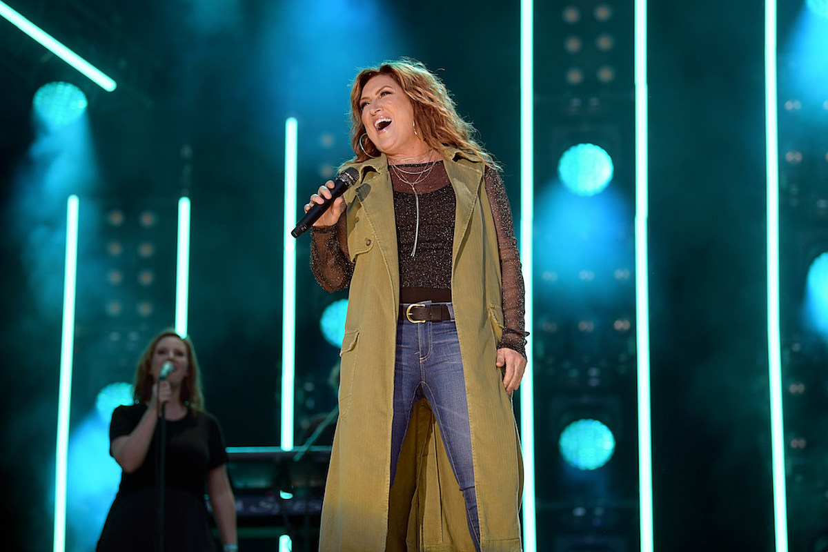 Jo Dee Messina Was 'at an All-Time Low' — and Then, She Found God