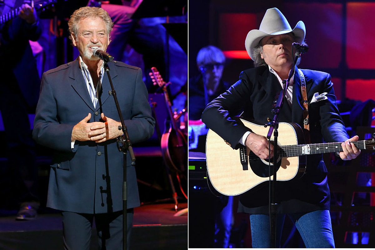 Dwight Yoakam, Larry Gatlin + More Will Join Nashville Songwriters Hall of Fame