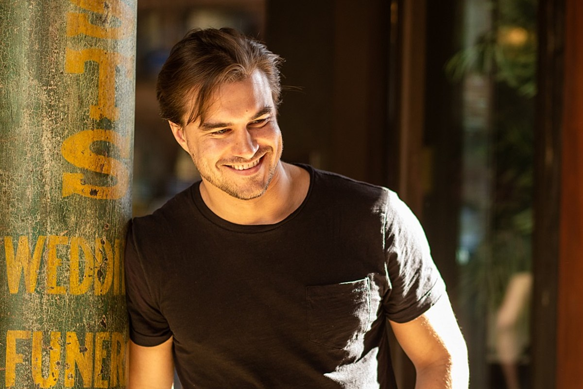 Rob Mayes, 'We'll See' [Exclusive Premiere]