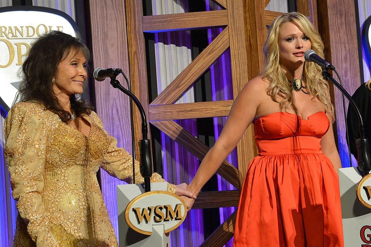 8 Women Who Have Made CMA Awards History