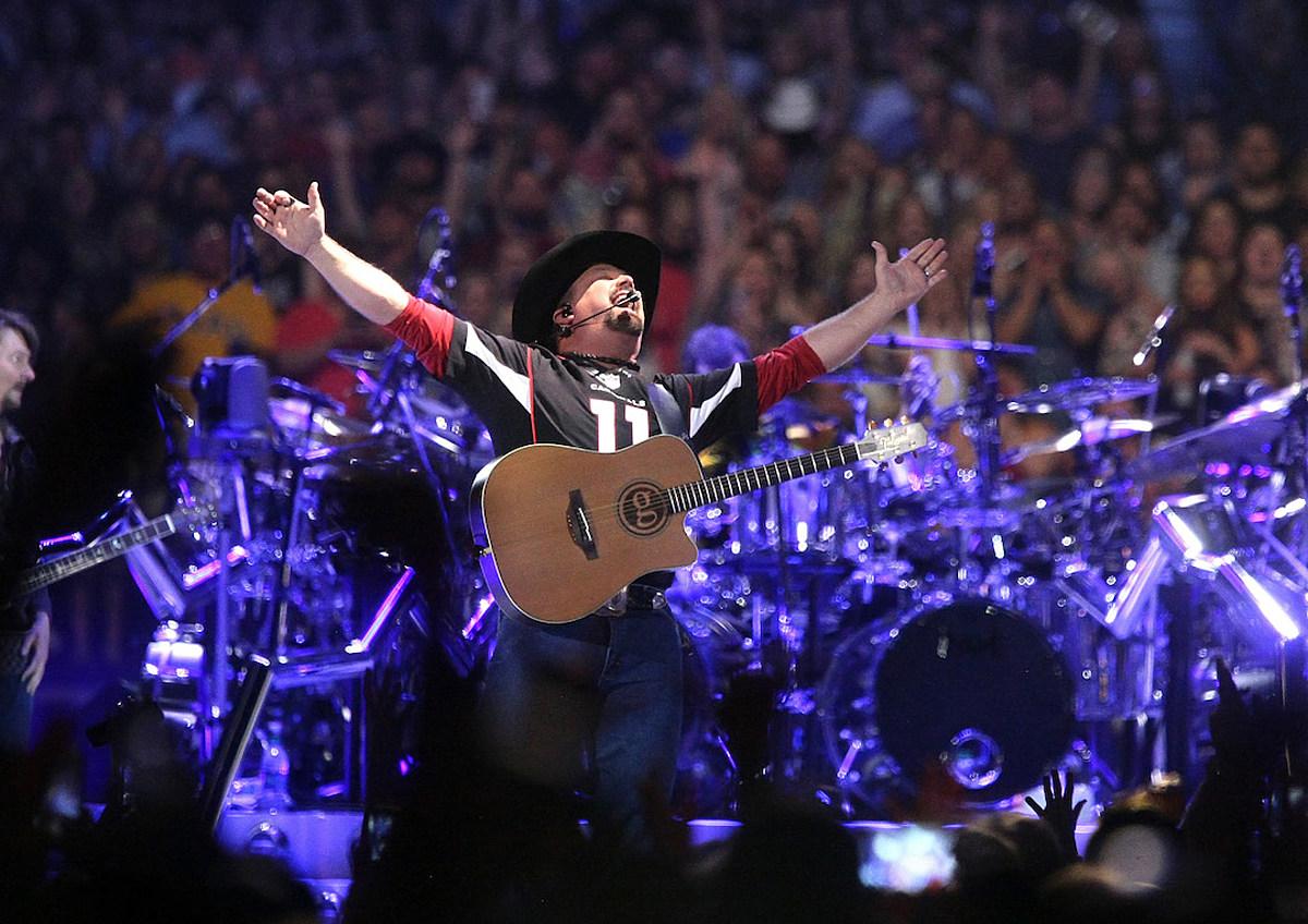 Garth Brooks Sets Cincinnati, Ohio, Stadium Tour Stop