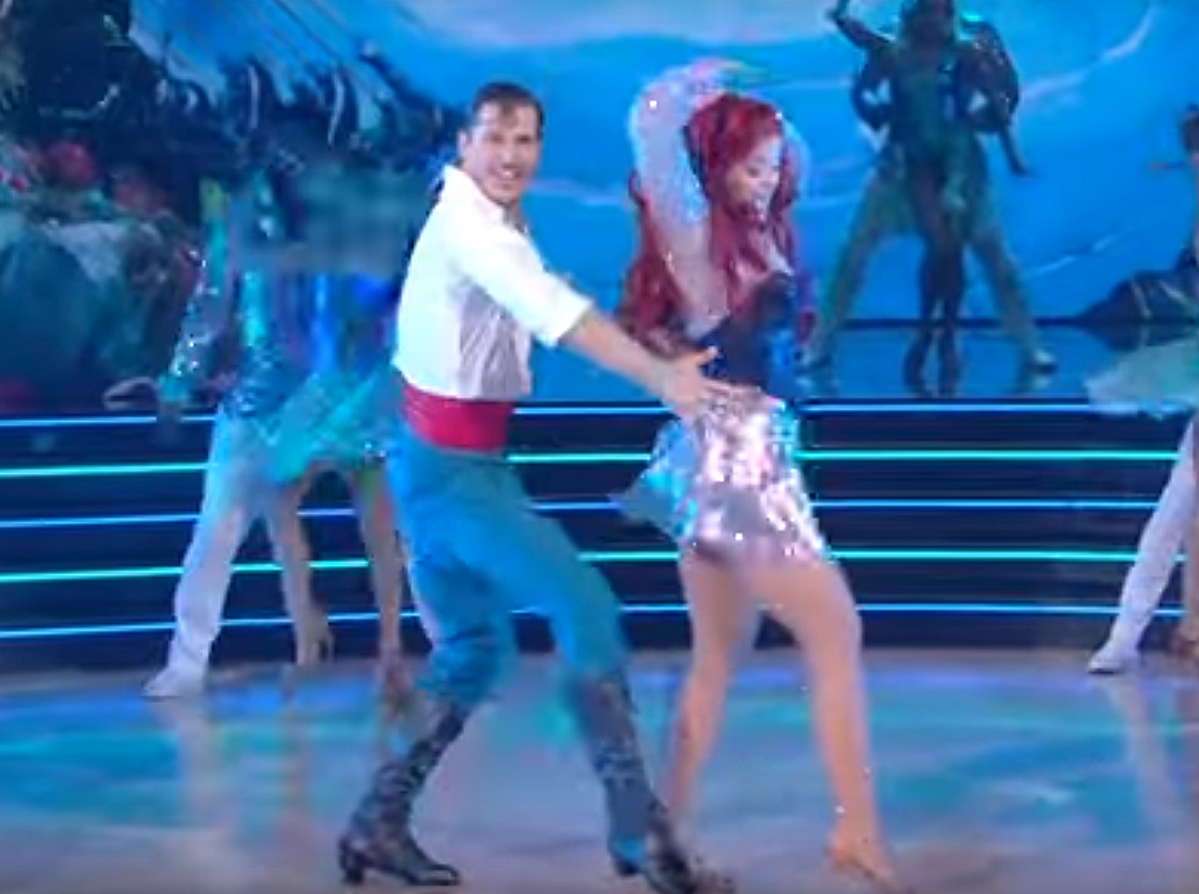 WATCH: Lauren Alaina Goes 'Under the Sea' With a Samba on 'Dancing With the Stars'
