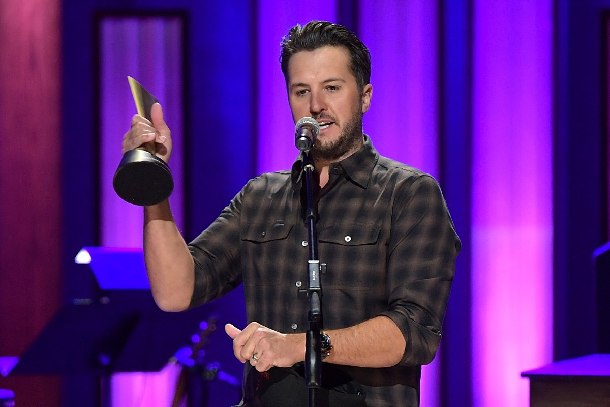 Luke Bryan's 'Crash My Party' Named ACM Album of the Decade