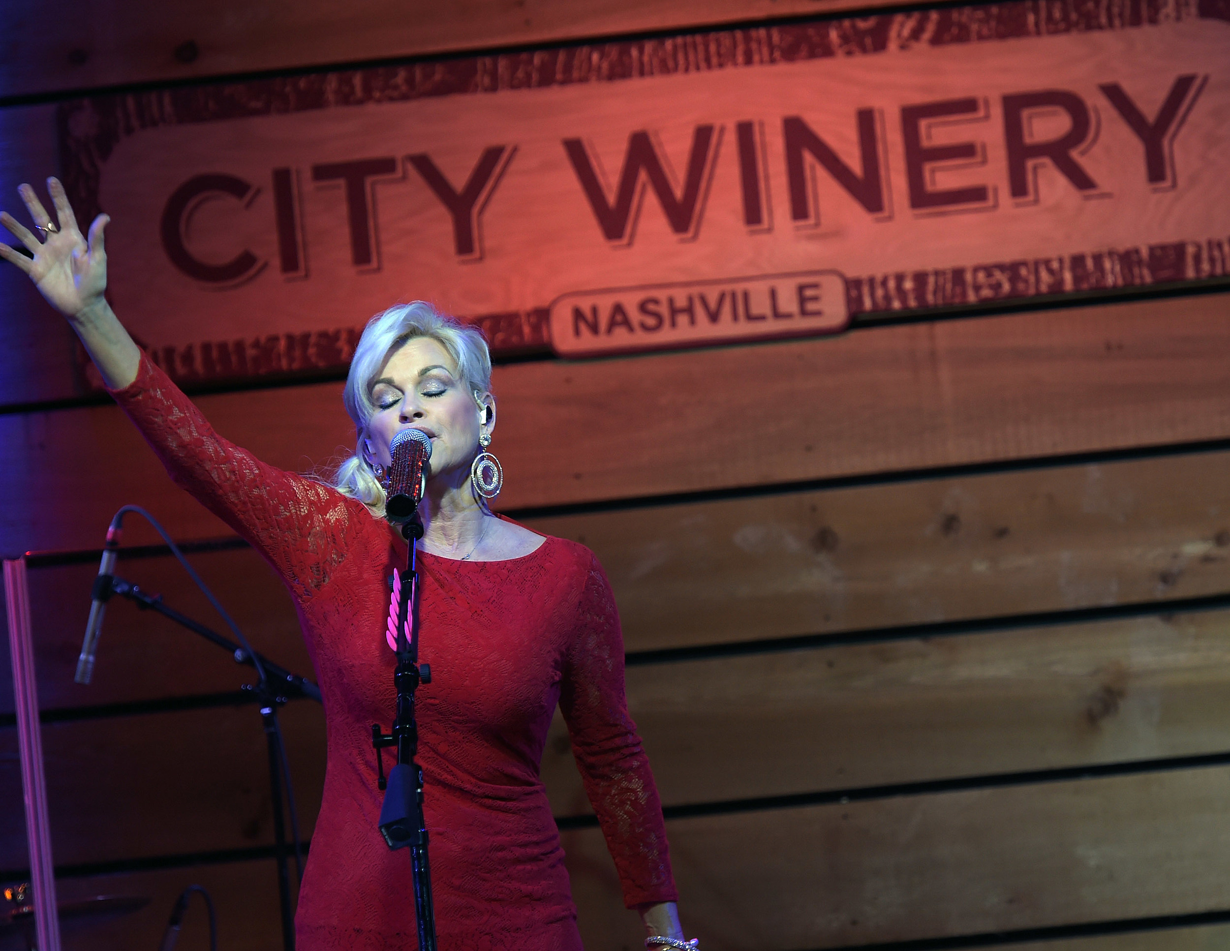 PICTURES: Lorrie Morgan Through the Years