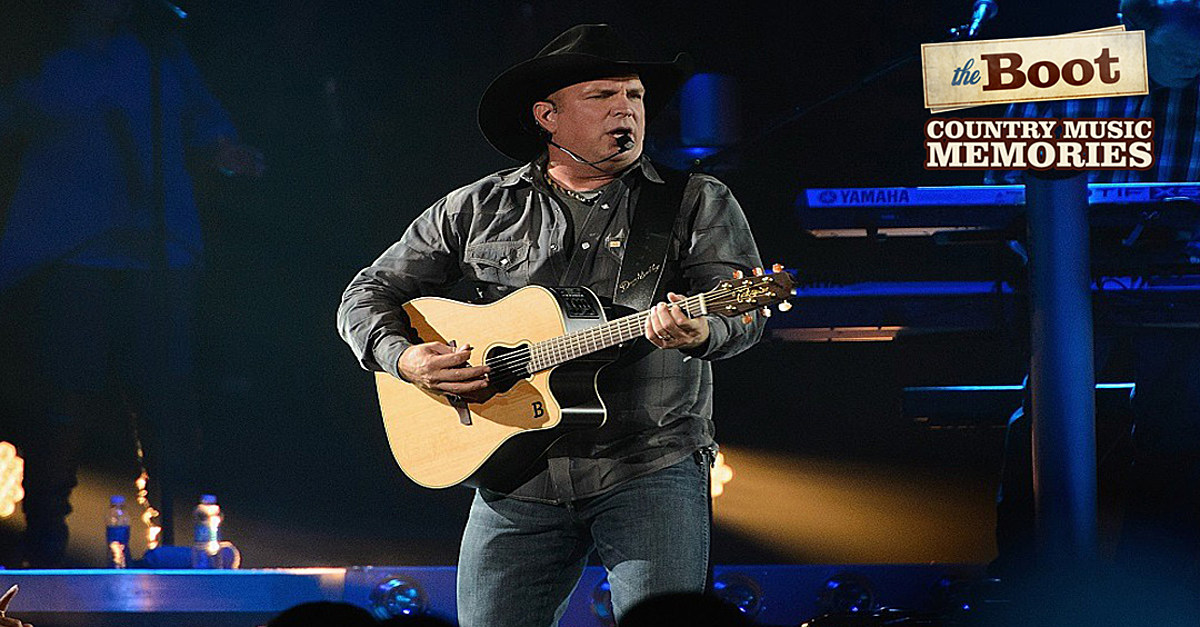 30 Years Ago: Garth Brooks Earns First No. 1 With 'If Tomorrow Never Comes'