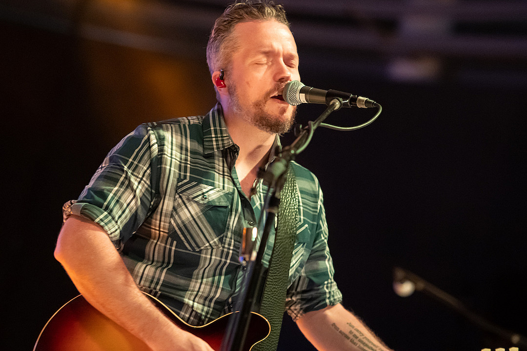 Jason Isbell Says He's Grateful for Excuse to Make Covers Album