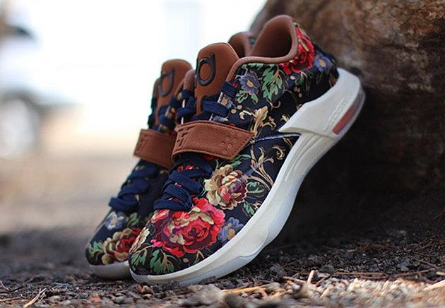 outlet store 84b96 56230 Nike KD 7 EXT QS  Floral