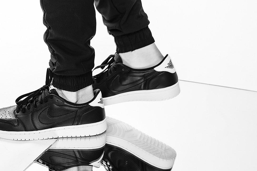 Air Jordan 1 Low 'Cyber'