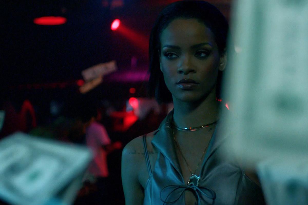 Rihannas Boobs In Needed Me Music Video - YouTube