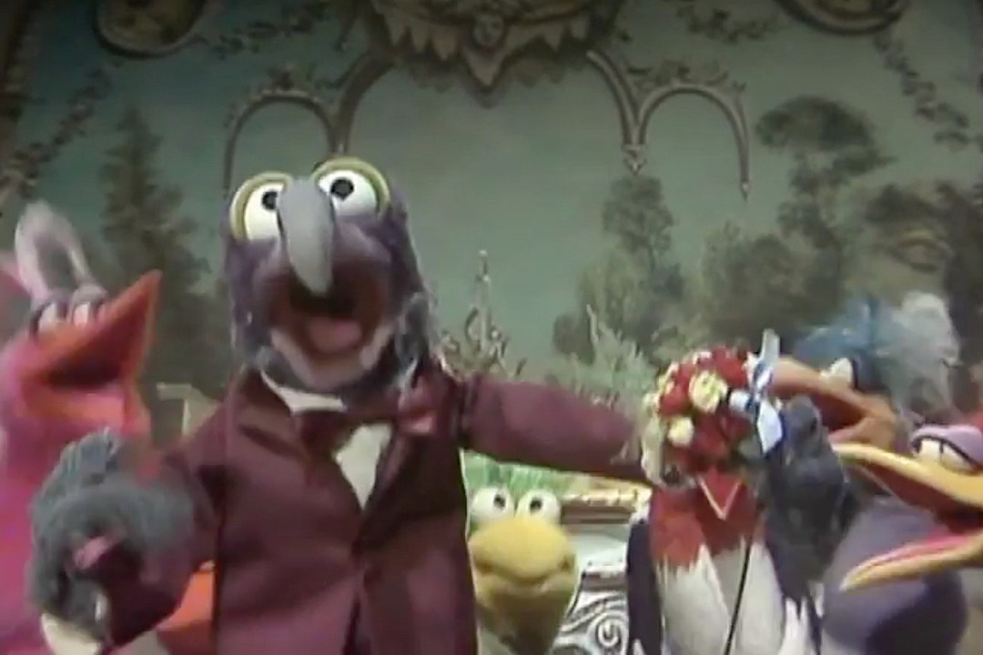 The Muppets Rapping OutKast s  Ms. Jackson  Will Make You Smile  VIDEO  a40760dd2a5