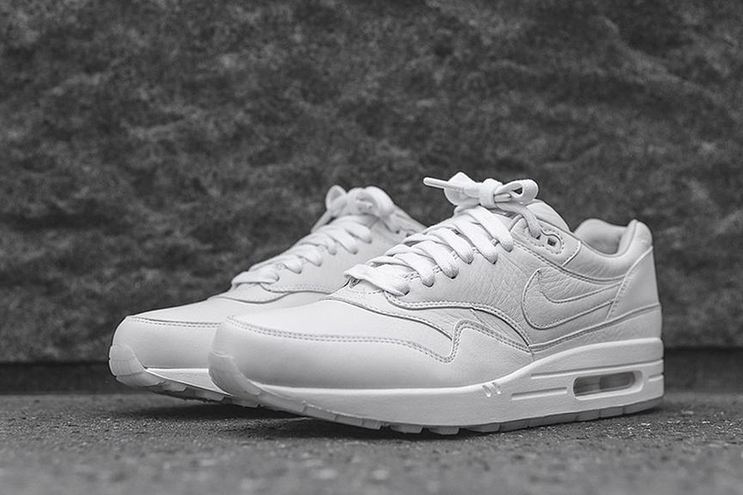 pretty nice f5905 deb3b Nike Air Max 1 Pinnacle White