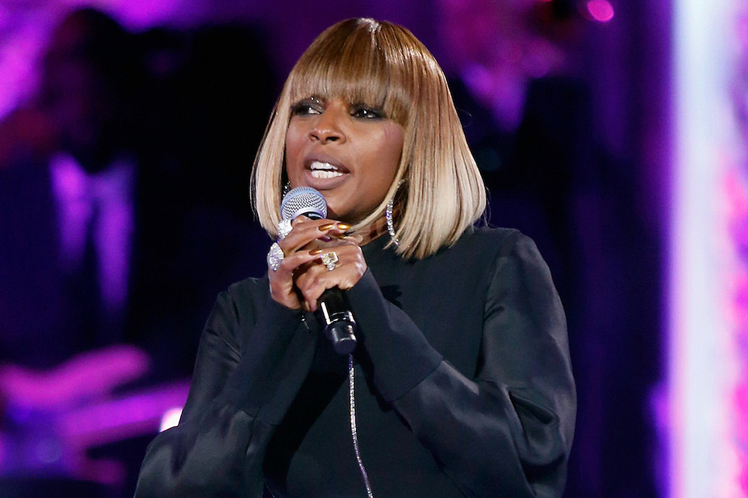 Mary J  Blige Premieres New Song About Her Divorce at Recent Concert