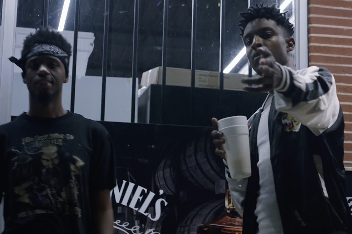 21 savage and metro boomin get savage in gritty no heart video 21 savage and metro boomin get savage