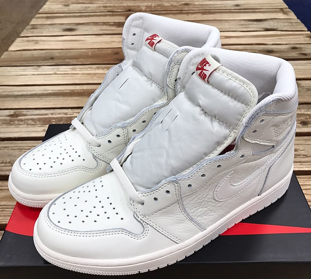 finest selection 1c500 319c3 Air Jordan 1 OG All White