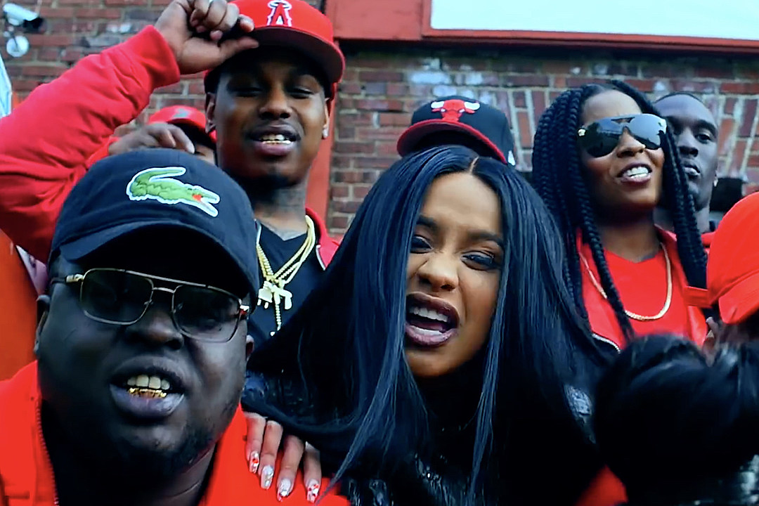 c885089712 Cardi B Is Not Here for the Haters in  Pull Up  Video  WATCH