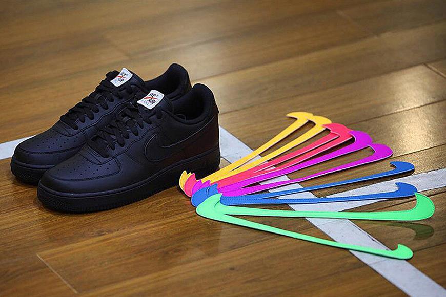 quality design 979c6 87352 Nike Air Force 1 Velcro Swoosh