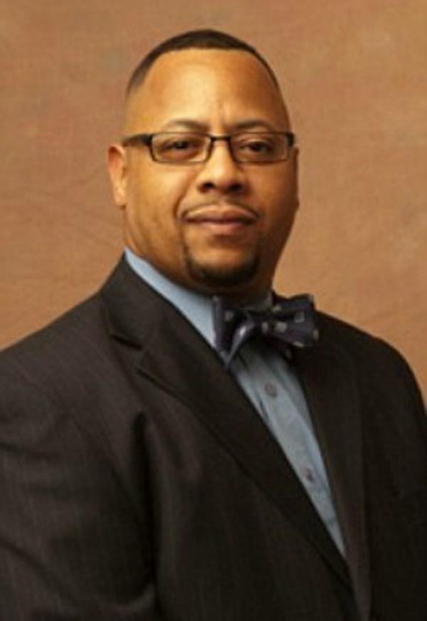 city prosecutor joins race - 600×872
