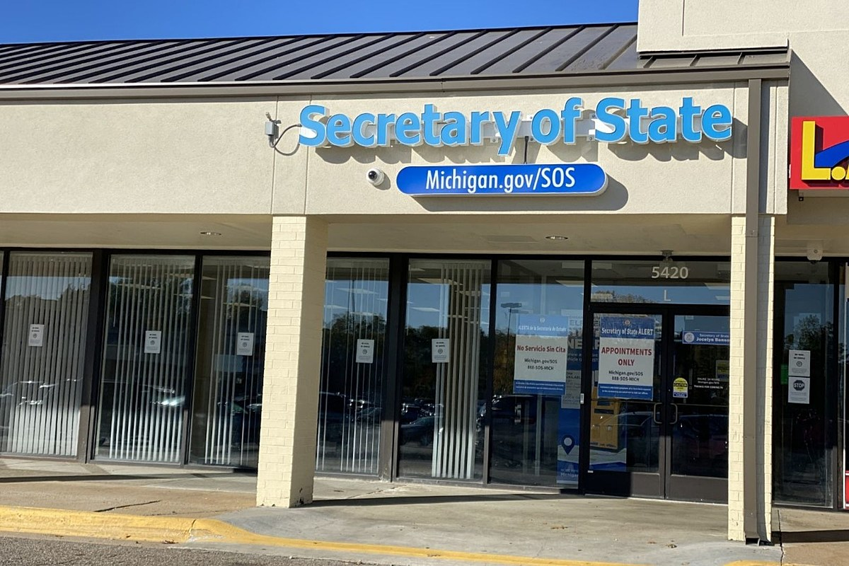 Battle Creek Secretary Of State Back Open For Business As