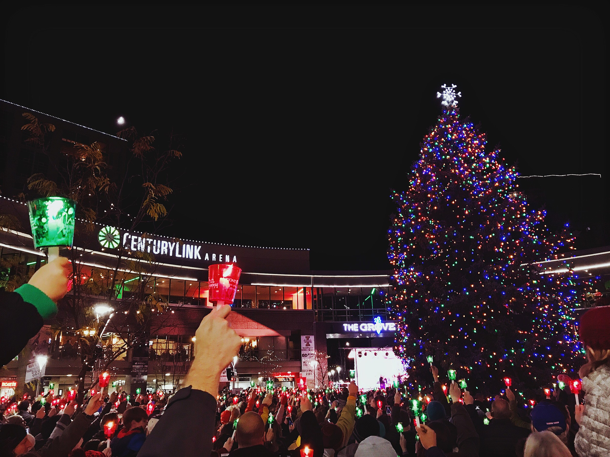 Christmas Lights Boise.The Eight Most Spectacular Enchanting Christmas Towns In Idaho