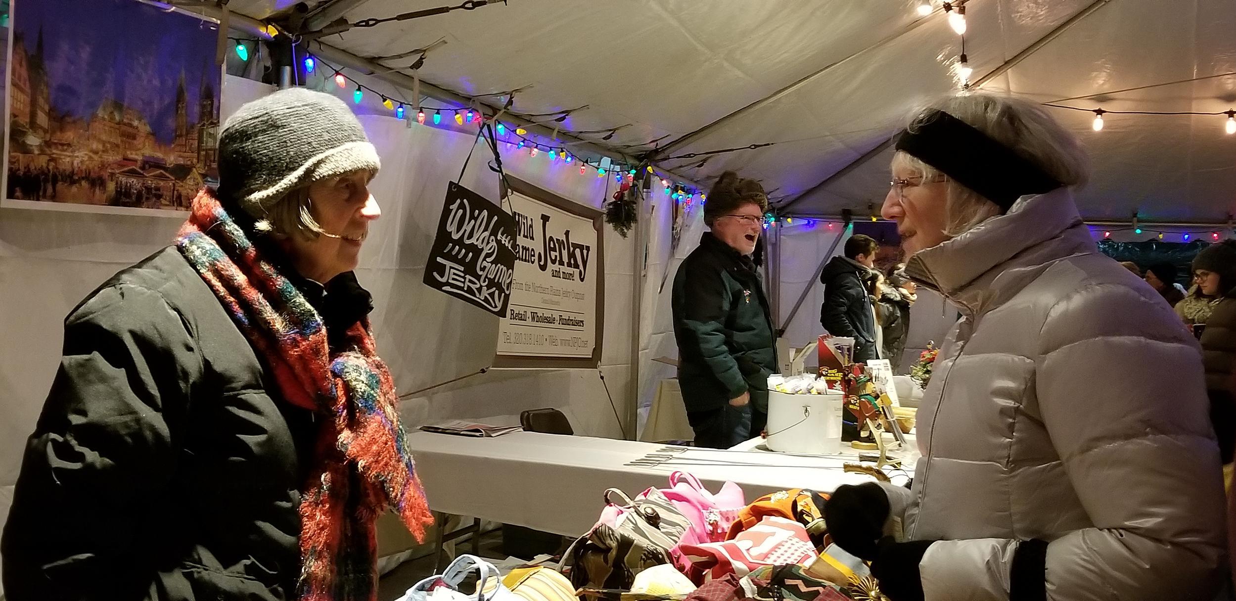 Weihnachtsmarkt L.Weihnachtsmarkt Kicks Off Three Day Holiday Festival In Downtown