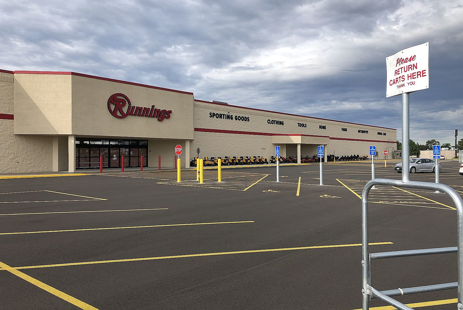 Runnings Sets Opening Date For New St Cloud Store