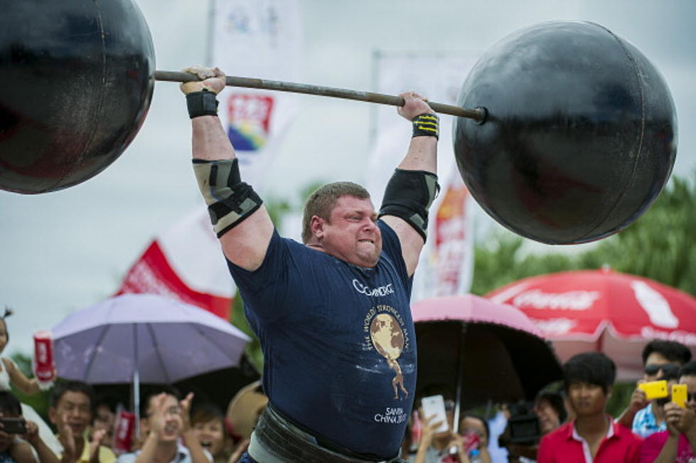 World's Strongest Men Set New Record