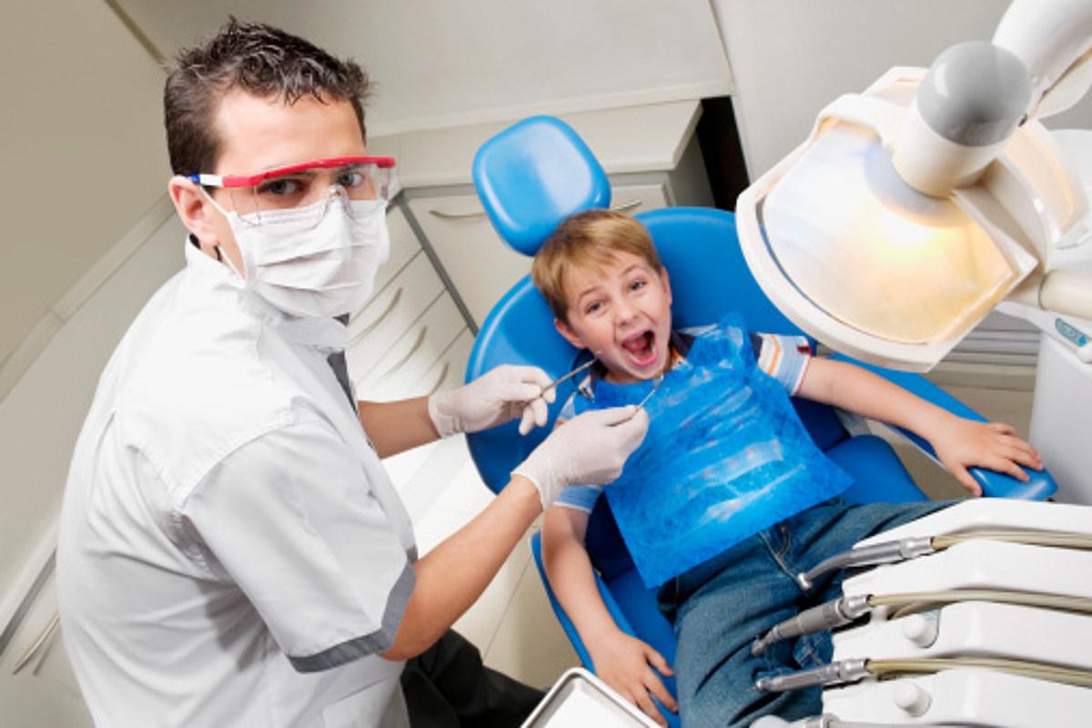 Когда ребенку необходима процедура серебрения зубов