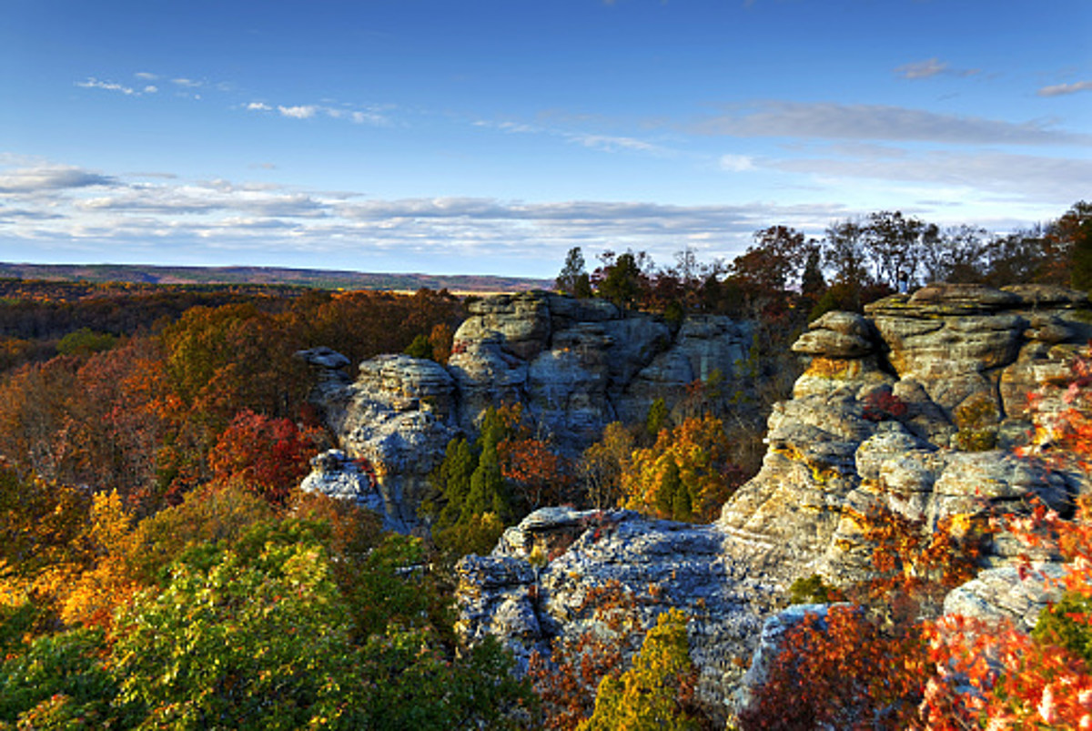 These Spots Are Illinois Best For Seeing Fall Colors