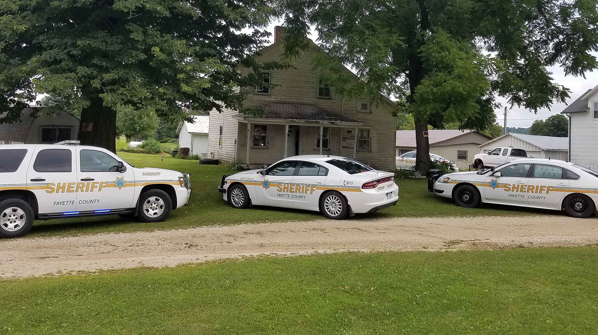 Fayette County Search Nets 2 Drug Arrests