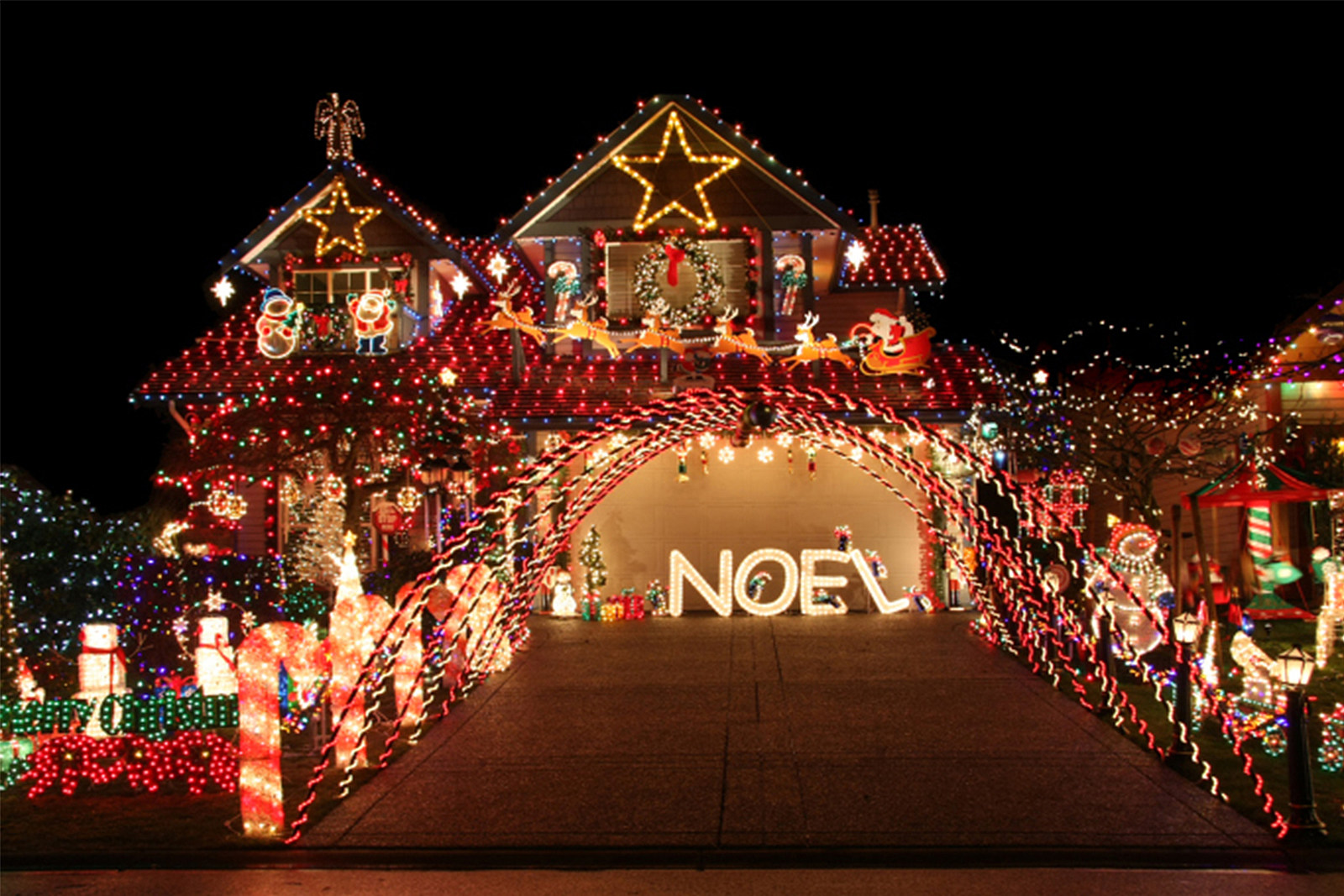 Christmas Lights 2020 Cedar Rapids Iowa Where To See The Best Christmas Light Displays in Iowa