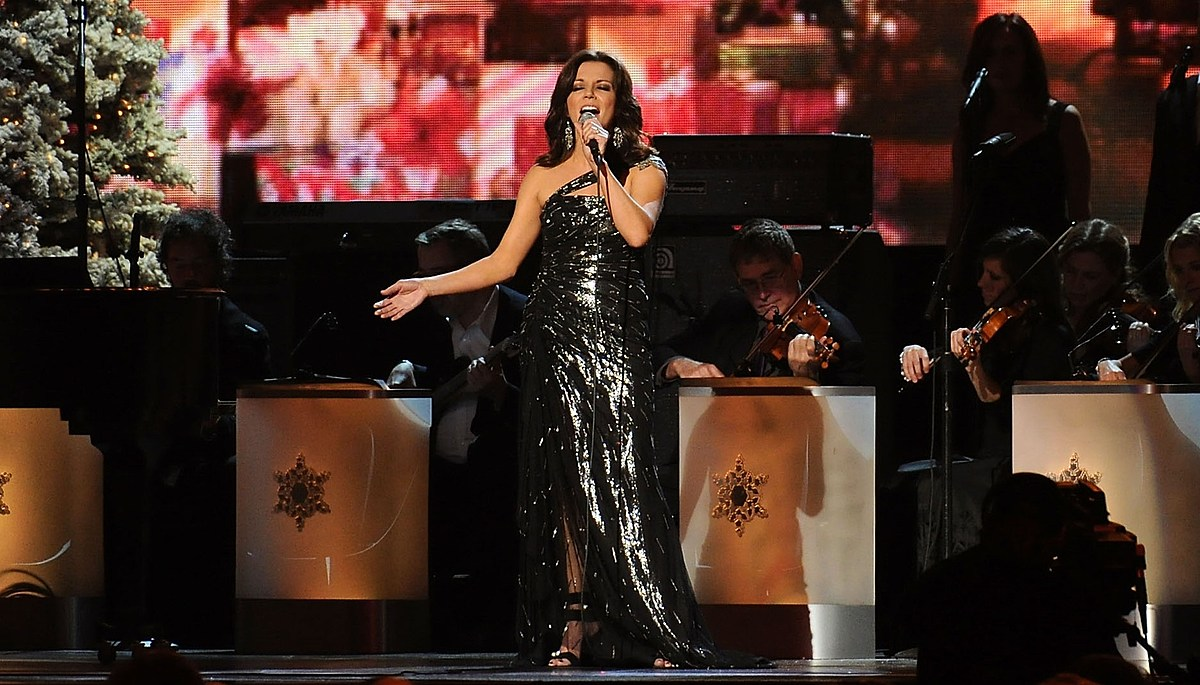 We've Got Tickets To Martina McBride's Holiday Show All This Week - kicks1055.com