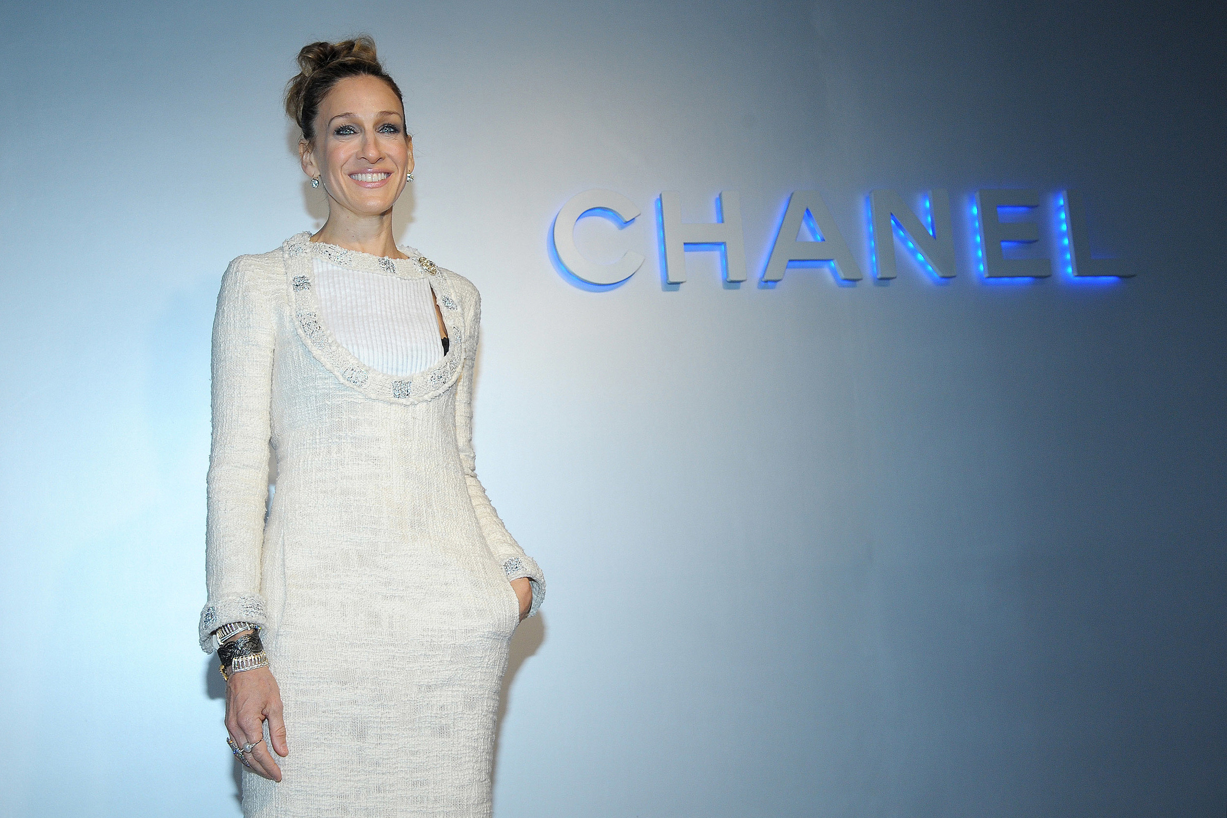c77900a23a2 Sarah Jessica Parker Blames Cheap Shoes for Ruining Her Feet