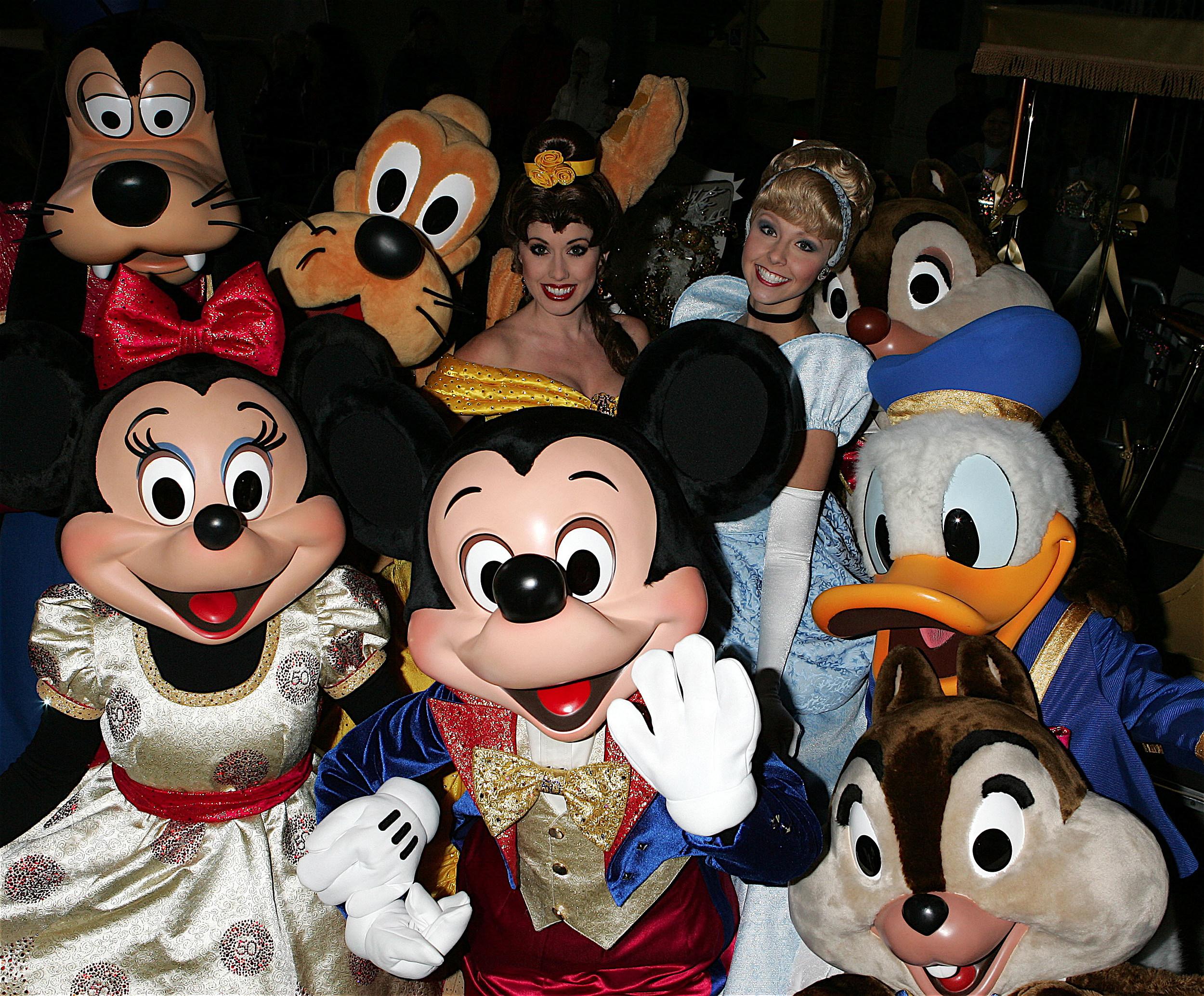 Disney 12 Days Of Christmas.The Disney 12 Days Of Christmas Watch