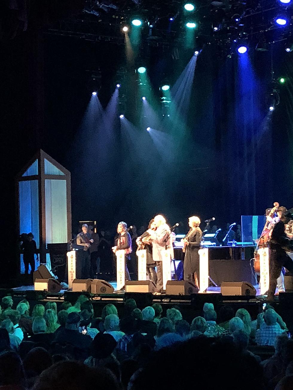 AM Minnesota: Minnesota Gospel Opry Welcomes The Isaacs