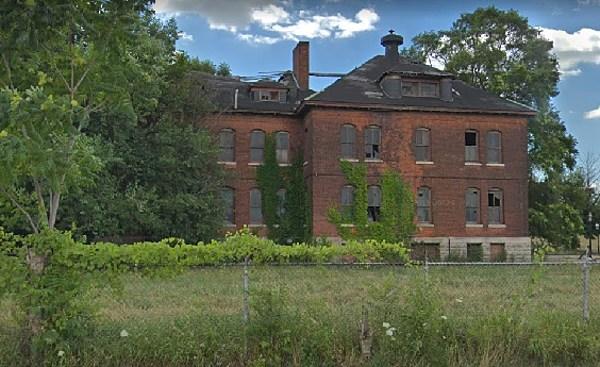 HAUNTED MICHIGAN: Indians & Soldiers Haunt Detroit's Fort Wayne