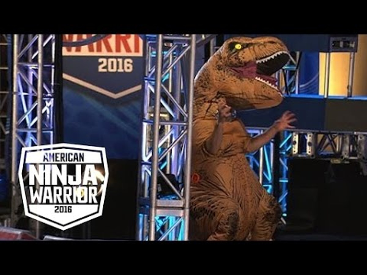 video trex takes on american ninja warrior… and does