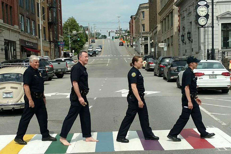 World Famous Abbey Road Crossing Is Repainted During The London ... | 653x980