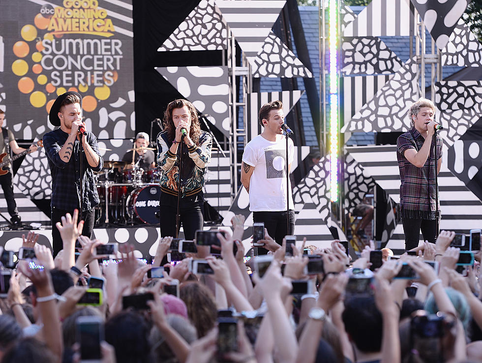 Are You More One Direction or 5SOS?