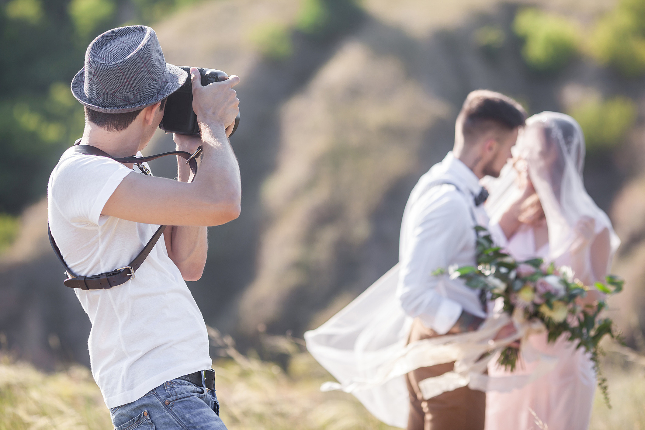 pictures Wedding photographer shoved brides step mom to get perfect picture