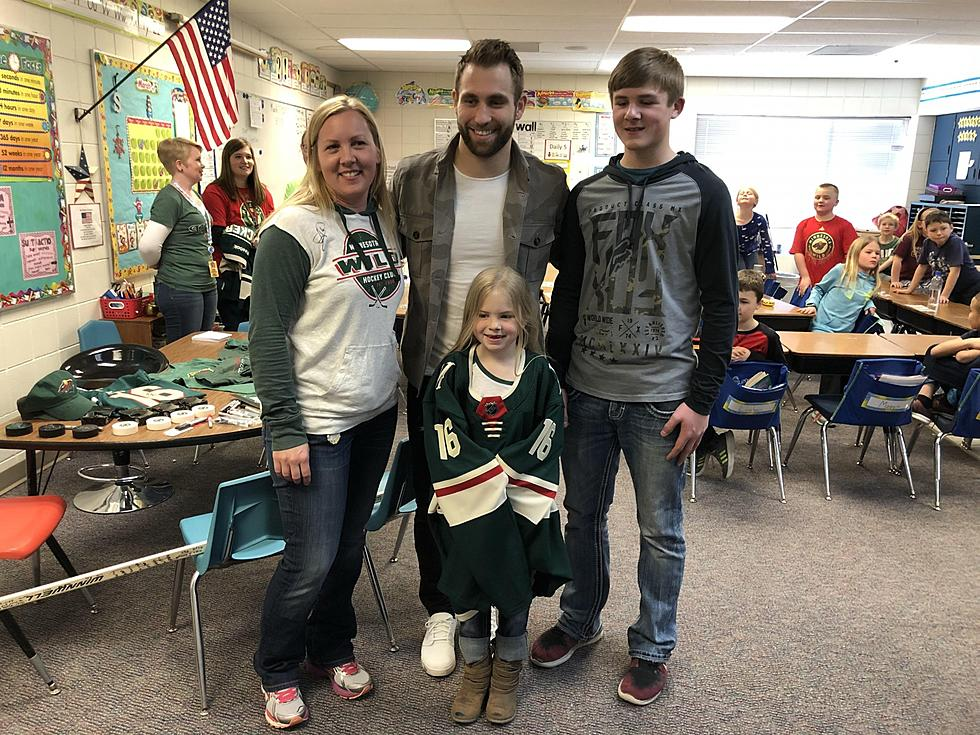 Dover Eyota Student Donates Huge Check To Wild S Jason Zucker