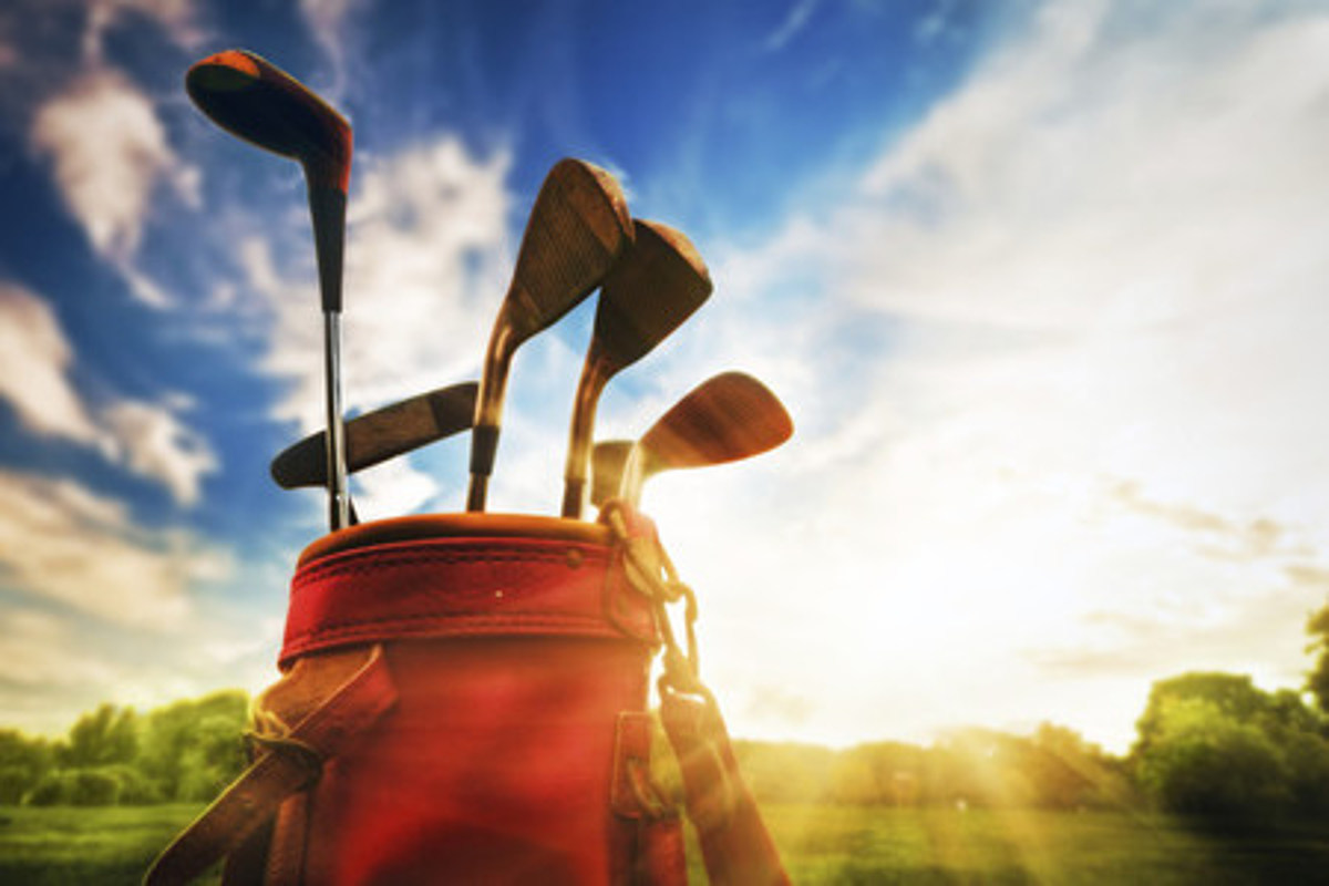 Man Sells His Golf Clubs on Craigslist Because His Wife ...