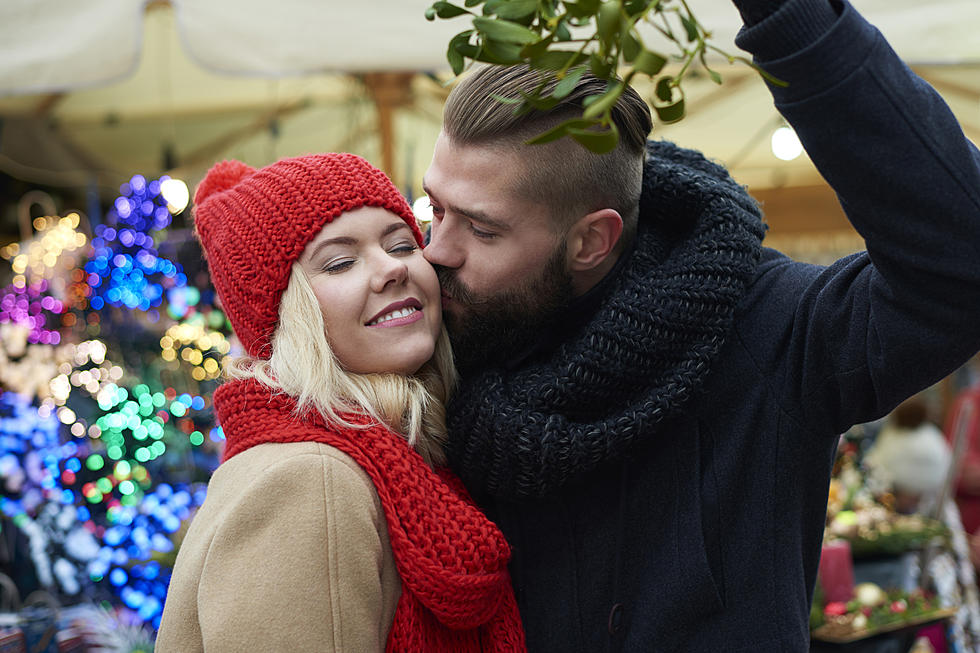 12 Dates Of Christmas.12 Dates Of Christmas Kissing Under The Mistletoe