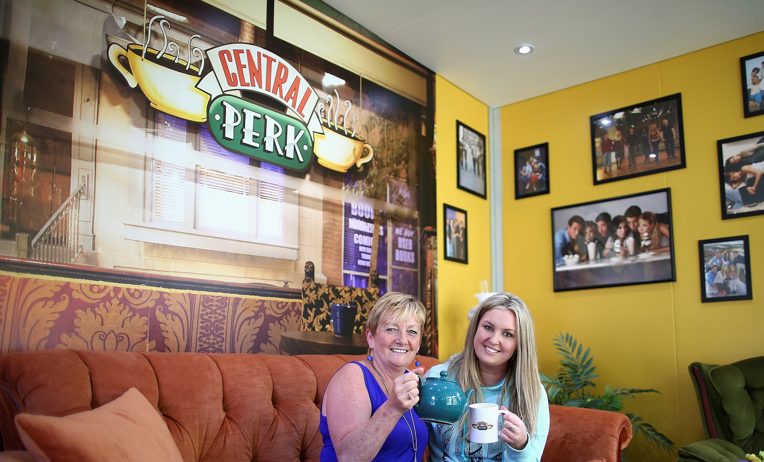 Central Perk Coffee Shops Might Be Coming To Illinois